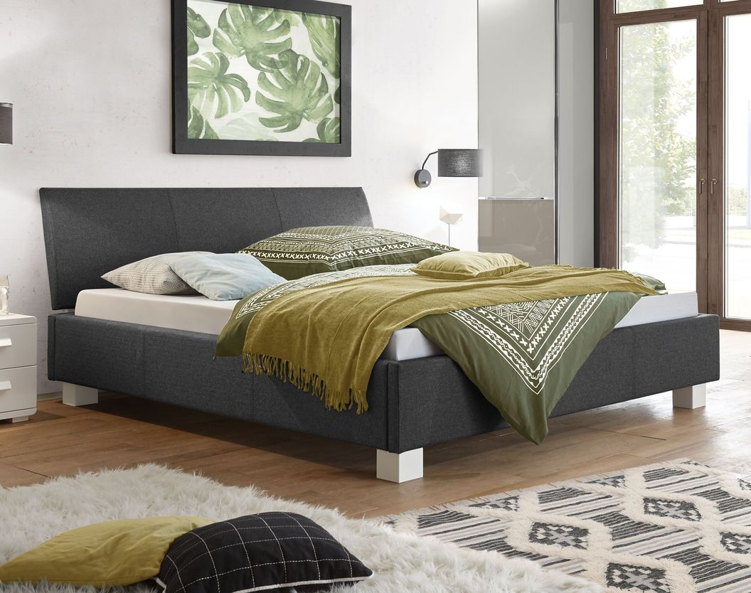 Bett Wakefield in klassischem Design