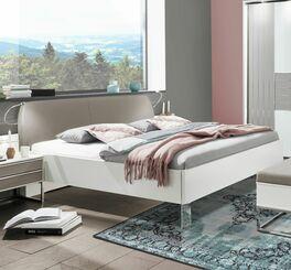 Bett Waterbury im modernem Stil