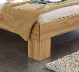 Bett Wood Romance mitt stabilen Winkelfüßen