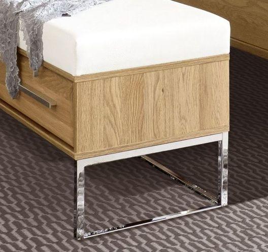 Bettbank Chipperfield mit Chromkufen und Schublade
