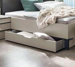 Bettschubkasten Loyd als versteckter Stauraum