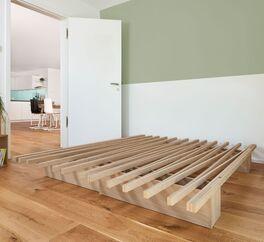 Bettsystem Tojo V mit robuster Liegefläche