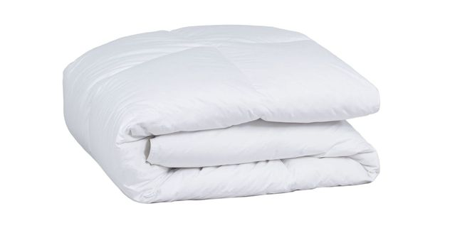 Daunen-Bettdecke Pyrenex Basic warm mit weißem Steppbezug