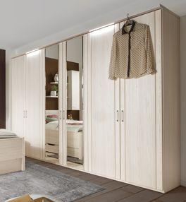 Drehtüren-Kleiderschrank Pegau mit praktischen Spiegeln