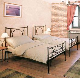 Puristisches Einzelbett Ordino aus Metall