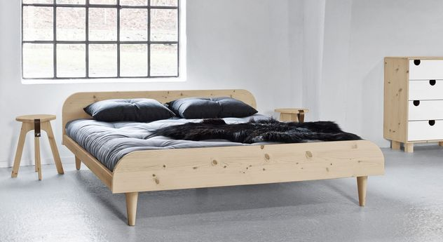 Passende Möbel zum Futonbett Lenola