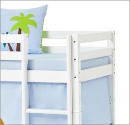 Halbhohes Bett Dinosaurier in schlichtem Weiß