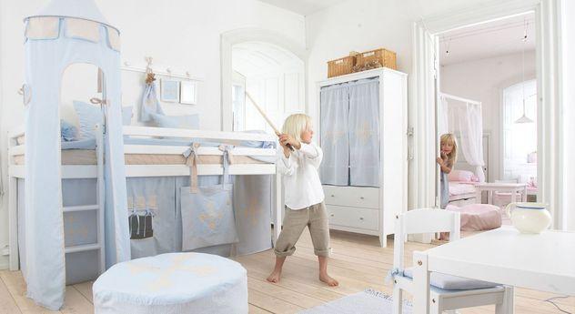 Halbhohes Bett Prinz aus weiß lackierter Kiefer