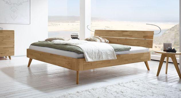 Elegantes Design-Bett Minoa aus Echtholz
