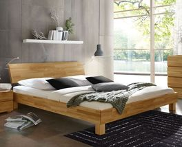 Holzbett Monza in geradlinigem Design