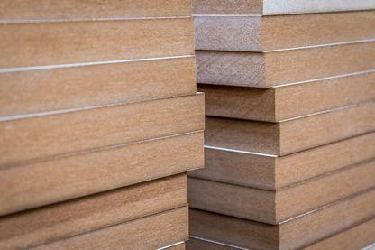 Holzwerkstoffe MDF-Platten mit Schmalkanten