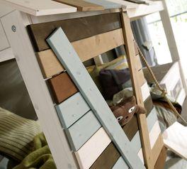 LIFETIME Hütten-Hochbett Survival mit mehrfarbiger Front