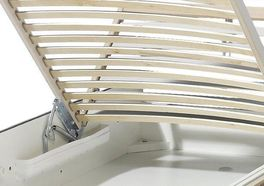 Springauf-Bettkasten für zusätzlichen Stauraum