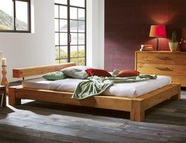 Doppelbett Linares in 180x200cm aus Wildeichenholz