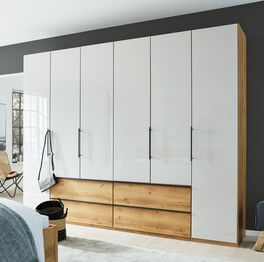 INTERLIVING Funktions-Kleiderschrank 1205 mit eleganter Glasfront