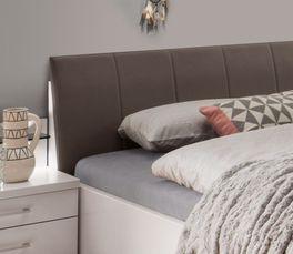 Komfort-Doppelbett Casperia mit pflegeleichtem Kunstleder-Kopfteil