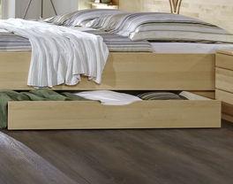 Komfort-Doppelbett Karia inklusive Bettschublade mit praktischer Griffmulde
