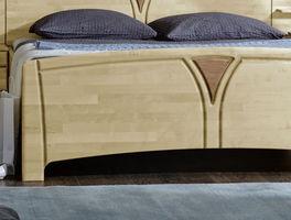 Komfort-Doppelbett Karia mit dekorativem Fußteil