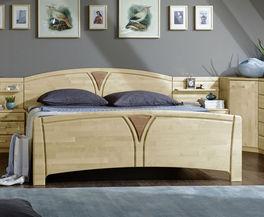 Komfort-Doppelbett Karia im geschwungenem Design