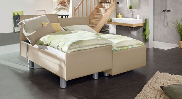 Komfortbett mit Pflegebett-Funktion Fulda in leinenfarbenem Kunstleder