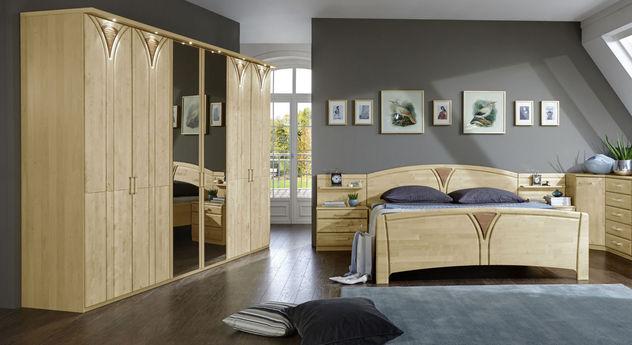 Komplett-Schlafzimmer Karia mit Drehtüren-Kleiderschrank