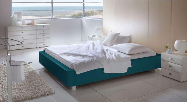 Liege Harmony mit passender Ausstattung an Schlafzimmermöbeln