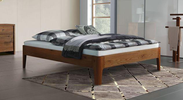 massivholz bettrahmen aus eiche ohne kopfteil lugo. Black Bedroom Furniture Sets. Home Design Ideas