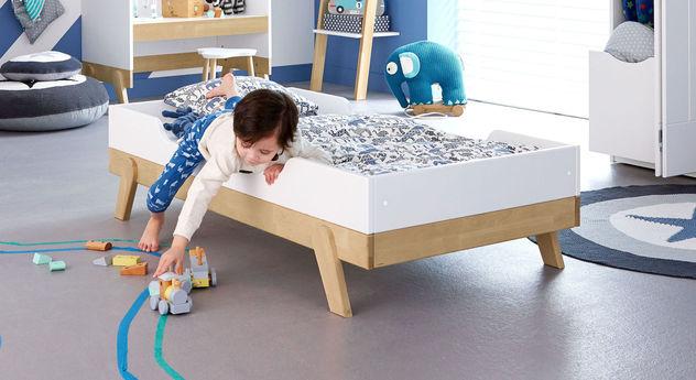 LIFETIME Juniorbett Monino mit weiß lackiertem Herausfallschutz