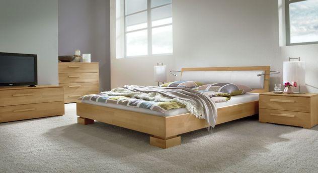 Massives Bett Lima mit passenden Schlafzimmermöbeln