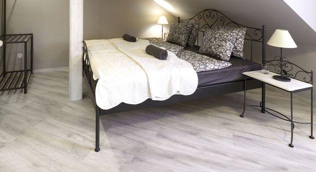 spanisches metallbett z b 140x200 cm in braun loria. Black Bedroom Furniture Sets. Home Design Ideas