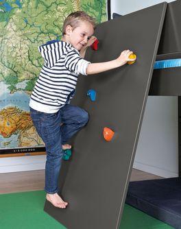 Mini-Hochbett Kids Town Color inklusive Kletterwand mit bunten Klettergriffen