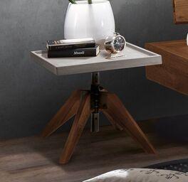 Robuster Nachttisch Antero mit Wildeichenholz-Füße