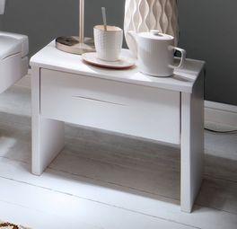 Nachttisch Arnara mit stilvollen Einkerbungen