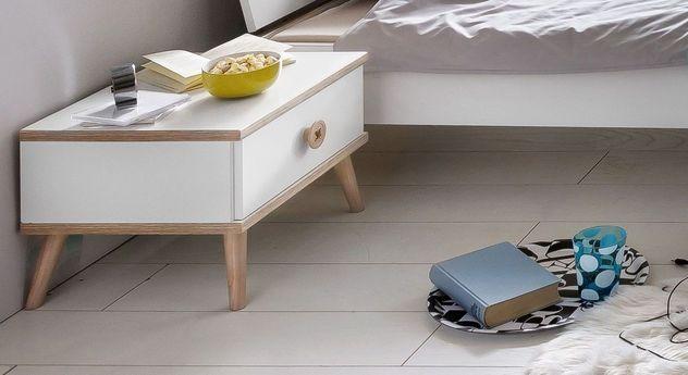 Alpinweißer Nachttisch Beano mit Schublade