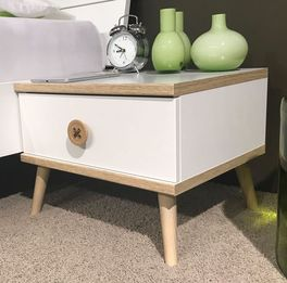 Nachttisch Beano mit leichtgängiger Schublade