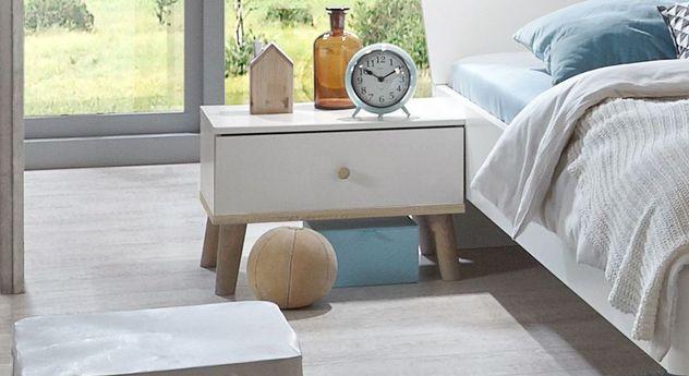 Nachttisch Corvara mit geräumiger Schublade
