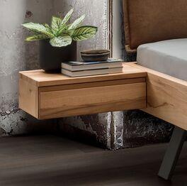 Nachttisch Davan hängend mit lebendiger Holzmaserung