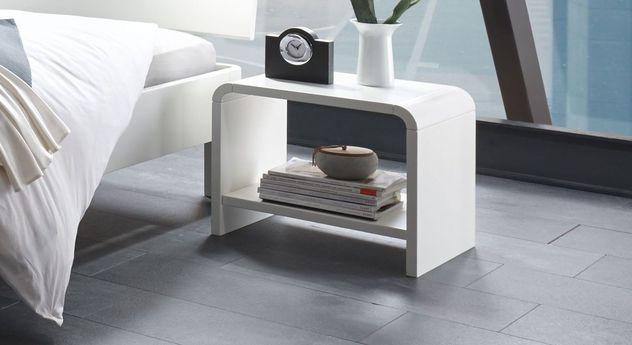 Nachttisch Gamba aus weiß deckender Buche