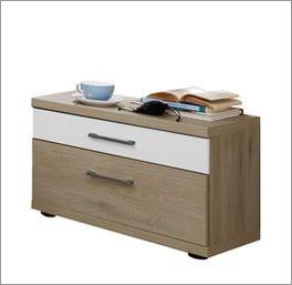 Zweifarbiger Nachttisch Pelham aus pflegeleichtem Holzdekor