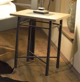 Nachttisch Tarvisio mit stabiler Fichtenholz-Platte