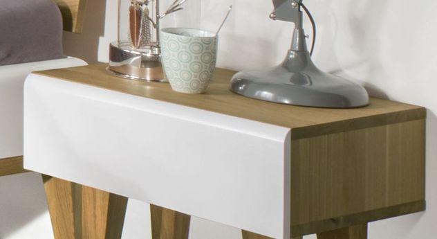 Nachttisch Vacallo mit abgerundeter Kante am Schubfach