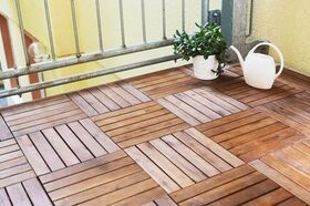 Robinienholz als Balkon-Dielen