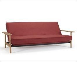 Platzsparendes und flexibles Schlafsofa Barrea