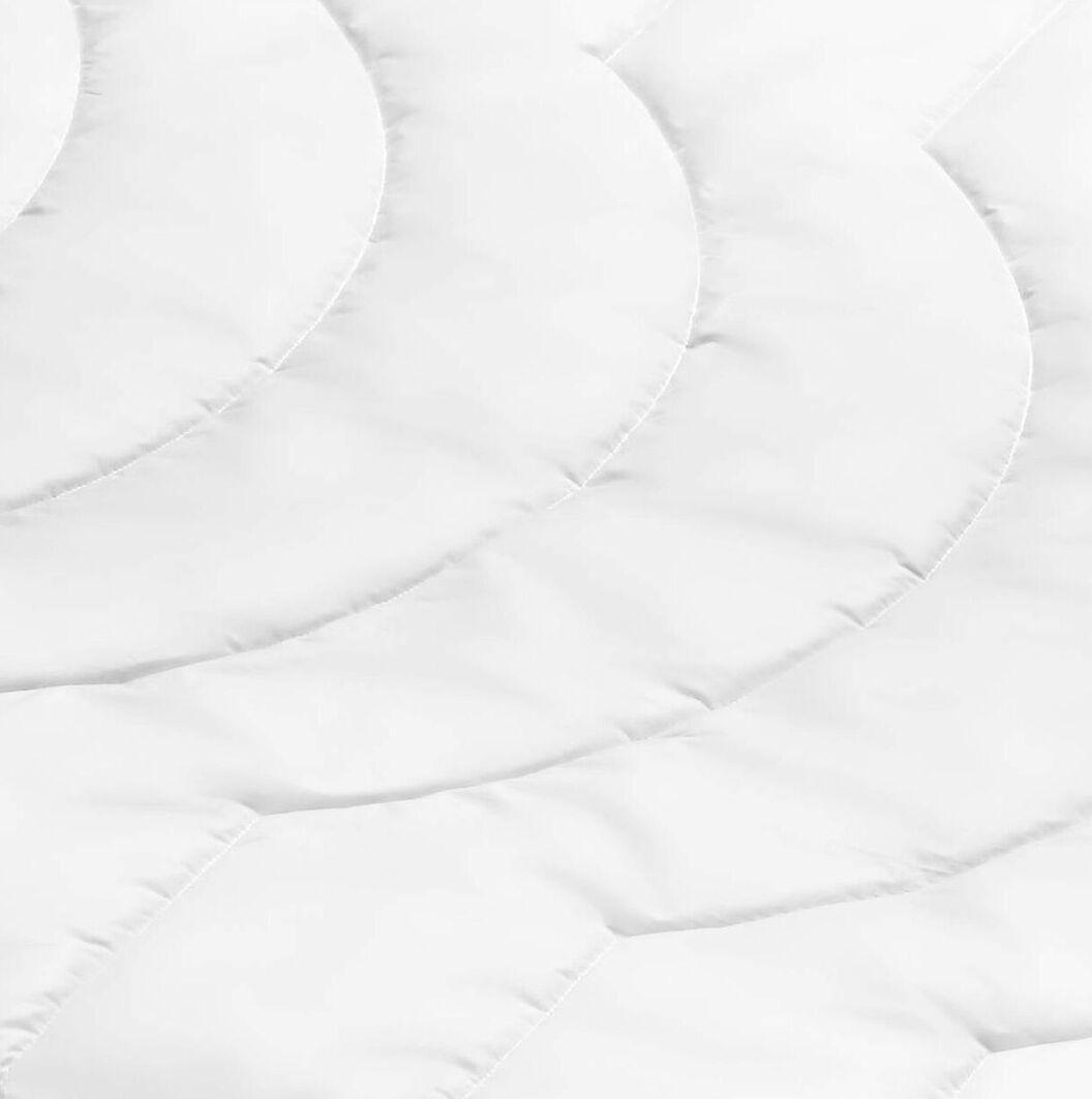SCHLAFSTIL Markenfaser-Bettdecke F200 warm mit hochwertiger Steppung