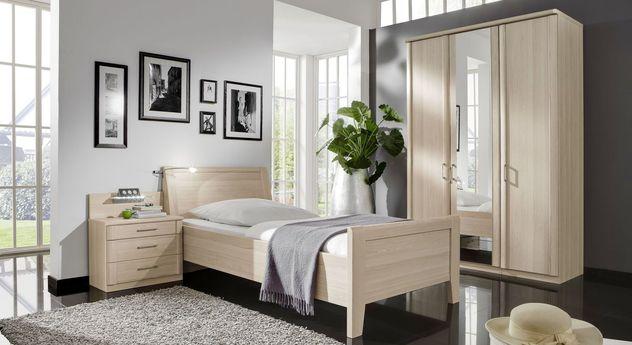 Schlafzimmer Montego mit Bett, Nachttisch und Kleiderschrank