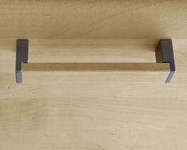 Schrank-Griffe aus Holz in Kombination mit Metall