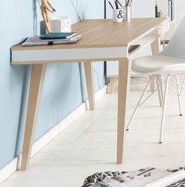 Schreibtisch Atina aus sägerauem Eiche-Dekor