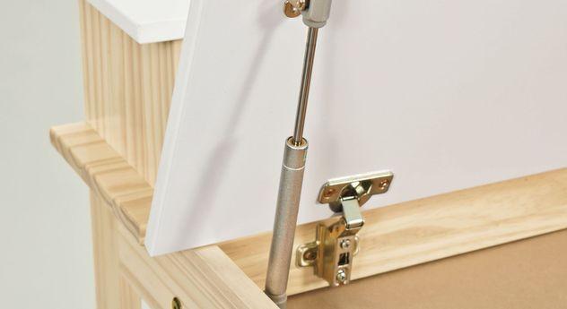 Schreibtisch Erin mit Metallscharnieren an der Tischplatte