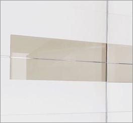 Schwebetüren-Kleiderschrank Filetto mit Glaseinsatz und Griffleisten aus Metall