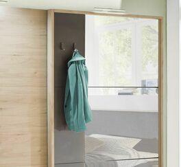 Schwebetüren-Kleiderschrank Naila im durchdachtem Design